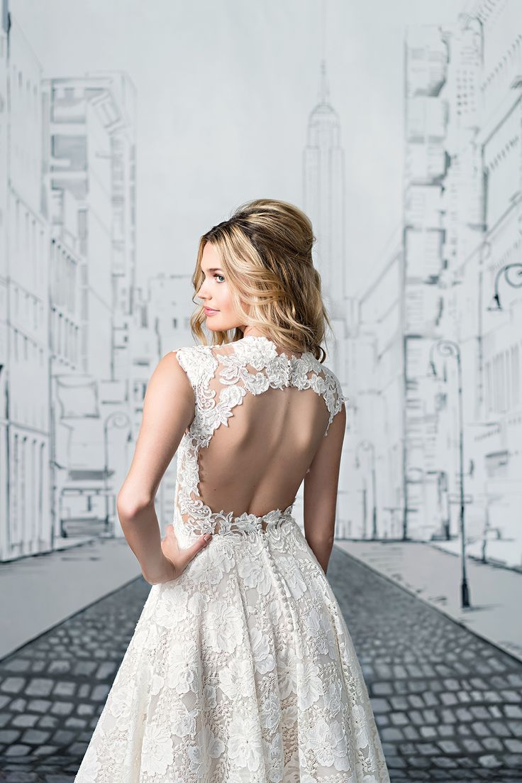 Inspired By 1950s Fashion This Tea Length Ball Gown Has A Queen Anne Neckline
