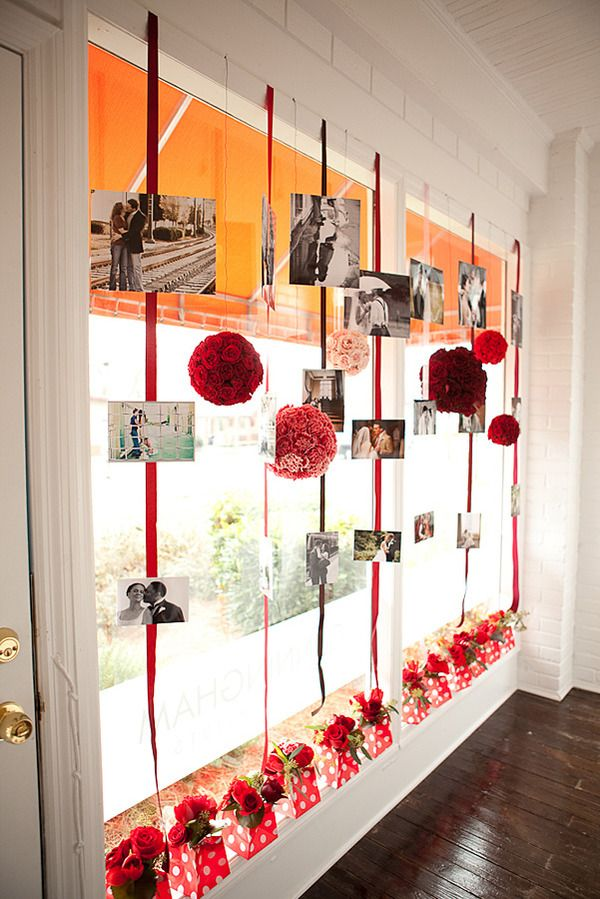 Possible photo display?: Christmas Cards, Display Photos, Hanging Pictures, Birthday Parties, Pictures Display, Parties Ideas, Photos Display, Bridal Shower Photos, Anniversaries Parties