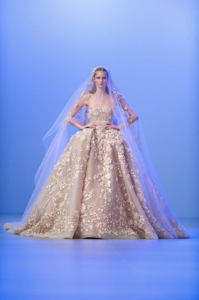 La robe de mariée impériale dElie Saab  fashion  Pinterest