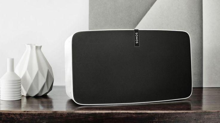 Sonos Play:5 review De originele Sonos Play:5 stond lange tijd aan de top van de speakers voor meerdere kamers van Sonos en was het vlaggenschip model. Dit was zelfs zo lang het geval dat hij er een beetje gedateerd uit begon te zien. Als je het nieuwe model naast de oude zet, dan merk je meteen op dat het model... http://www.reviewgigant.com/sonos-play5-review/  #Bose, #Review, #Sonos, #SonosPlay5, #SonosReview, #Speaker #Draadlozespeakers, #Luidsprekers