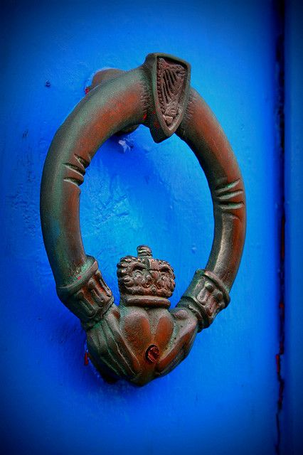 Irish claddagh door knocker. I absolutely love this so much! I want this on my door now!