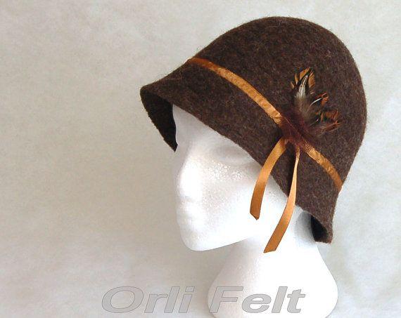 Brown  cloche hat for women от OrliFelt на Etsy, $89.00
