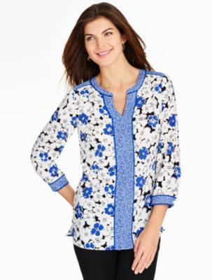 Color-blocking goes contemporary with this vintage floral-patterned blouse.