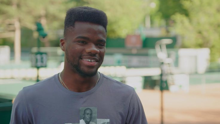 Mary Carillo sits down with one of America's brightest tennis hopefuls, 19-year old Frances Tiafoe. The son of refugees who fled war-torn Sierra Leone, Tiafoe learned the sport at a top-flight tennis academy in College Park, Maryland where his father worked in maintenance - and Frances often slept overnight as both his parents pulled nightshifts. Real Sports debuts Tuesday, June 20th at 10pm ET on HBO. Real Sports on Facebook: https://www.facebook.com/realsportshbo/ HBO Boxing on Twitter…