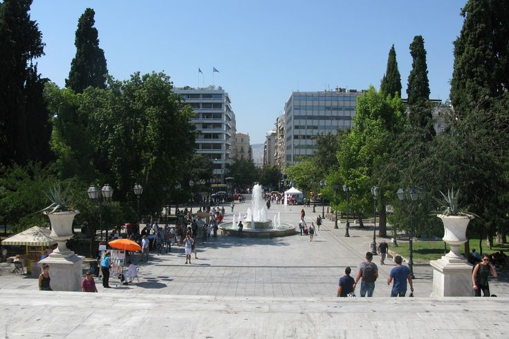 Greek Hotel Sector Sees Growth, Athens' Five-stars in the Lead