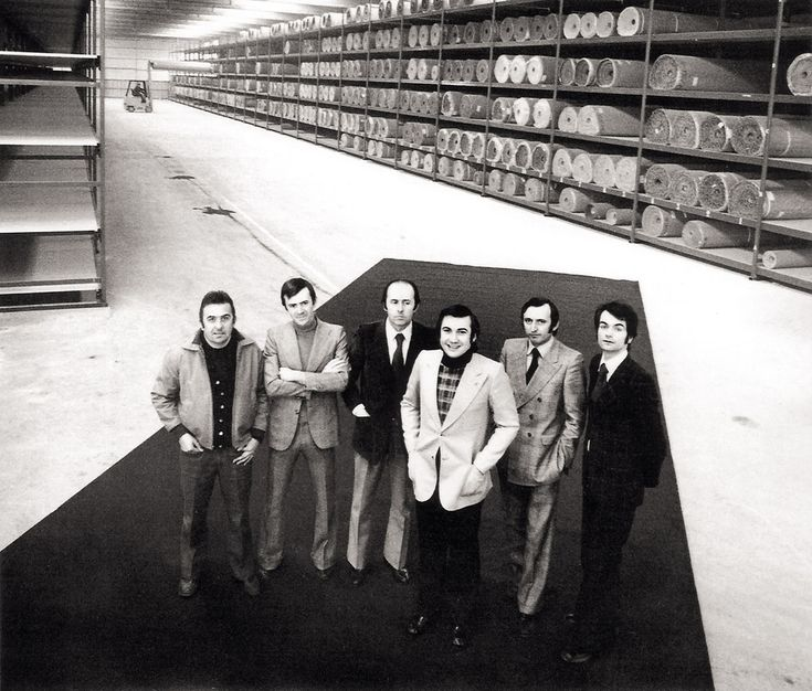 BEST BRANDS: Marazzi turns 80 years old. | Marazzi 70's: Filippo Marazzi with collaborators. | See more at: http://magazine.designbest.com/en/design-culture/brands/marazzi-turns-80-years-old/?utm_source=marazzi-turns-80-years-old&utm_medium=pinterest&utm_campaign=SOCIAL-activities @marazzitile