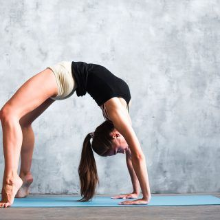this 15minute yogainspired workout will blast your core