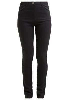 Kleding Soyaconcept Slim fit jeans - black Zwart: 35,95 € Bij Zalando (op 18/10/15). Gratis verzending & retournering, geen minimum bestelwaarde en 100 dagen retourrecht!