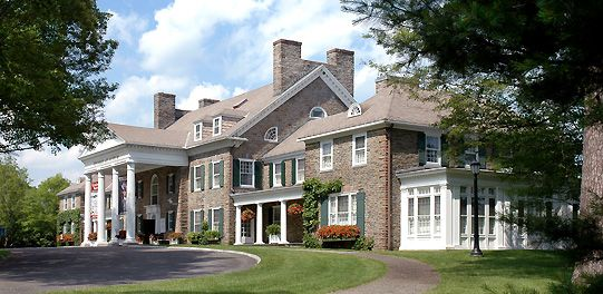 """Fenimore Art Museum in #Cooperstown """"presents a perspective on the heritage and history of America through art."""""""