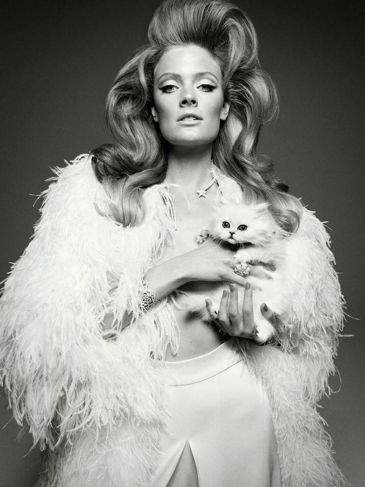 Constance Jablonski for Vogue Italia   Fashion in Motion