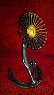 Metal Flower made with Horse Shoe Nails and by HanlonsMetalandWood