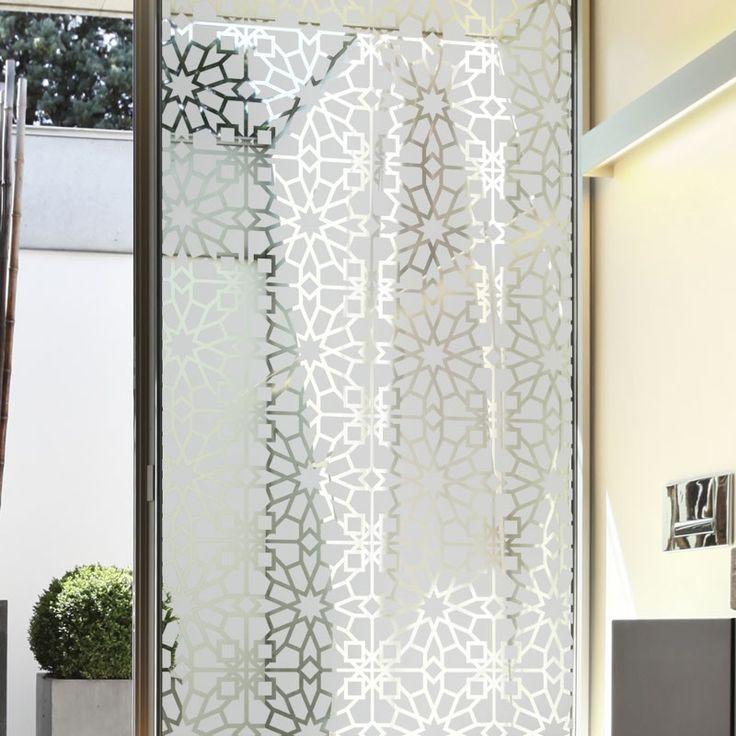 Occultez la vue sur votre vitrage en apportant une touche orientale à votre décoration avec ce sticker dépoli.