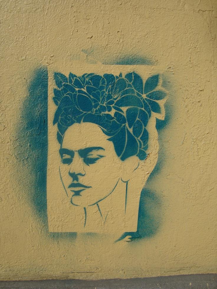 frida kahlo stencil graffiti--mexico