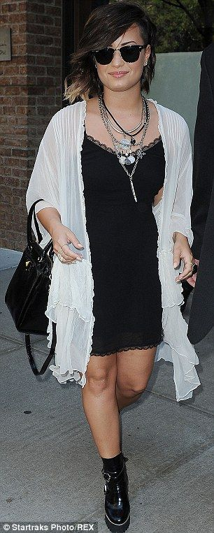 1000+ images about Demi Lovato outfits on Pinterest ...