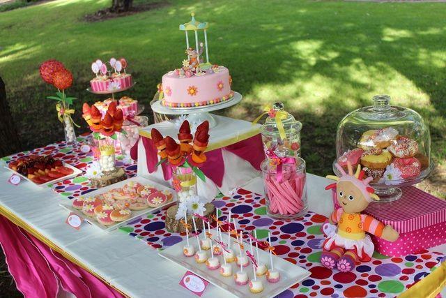 mesa de dulces de niña
