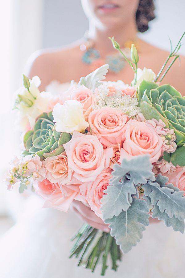 Bouquet de la mariée corail et menthe