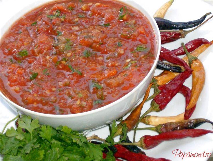 Lutenitsa (lutenita) este un preparat similar cu zacusca, specific bucatariei bulgaresti in special, dar si celei macedonene si sarbesti.