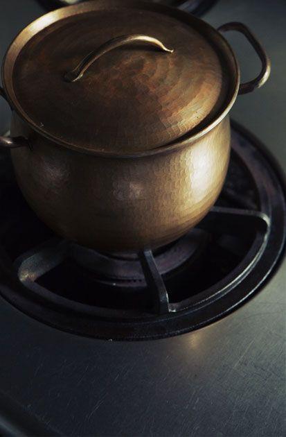 Hand-Hammered Copper Kettle, Pot And Pan | [ JURGEN LEHL ] online shop