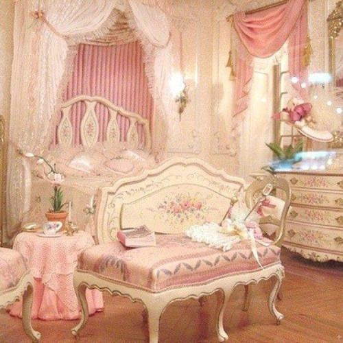 Girly Princess Bedroom Ideas: Kawaii Bedroom, Victorian