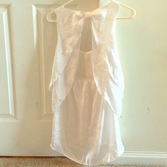 white bow back tank top white tank top with bow back Tops Tank Tops