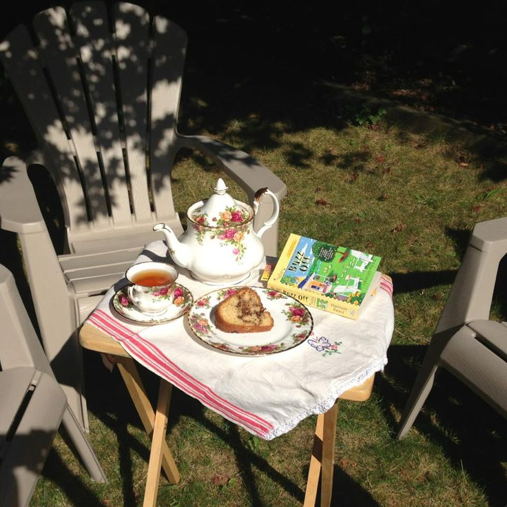 Afternoon Tea in my yard with a wonderful Bee Keeping Mystery! I recommend Hannah Reed's Buzz Off