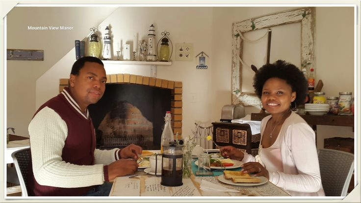 A happy, smiling couple at breakfast revealed to us that Manqoba popped the question to Nyalleng!