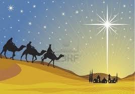 Beretningerne om Jesu fødsel er nedskrevet i det nye testamente, deri erfares det, at Jesus var født i Bethlehem syd for Jerusalem. De kristne mener, at Maria modtog et budskab om at hun ved helligånden skulle undfange en søn. Deraf kom navnet jomfru Maria, fordi man ikke mente at hun fødte naturligt.Jomfru Marias mand Josef tog Jesus til sig, som sin egen søn. Herefter flygtede de sammen til Egypten.