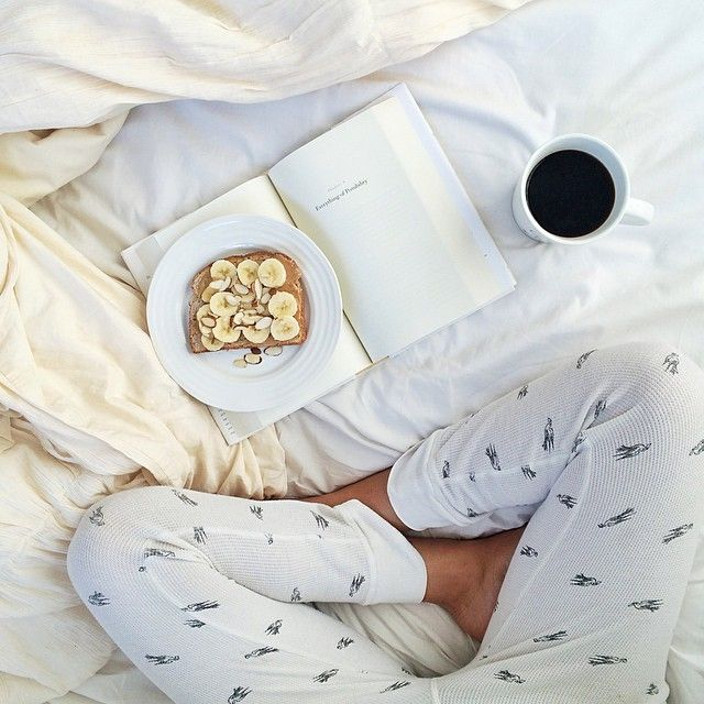 ♥ Books and Breakfast in Bed http://www.pinterest.com/lilyslibrary/ ♥