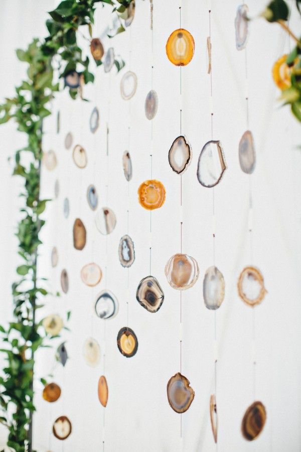 Agate slice wedding ceremony backdrop | Cassie Loree Photography