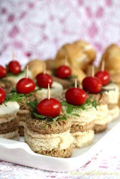 Pullahiiren leivontanurkka: Kreikkalaiset cocktailpalat