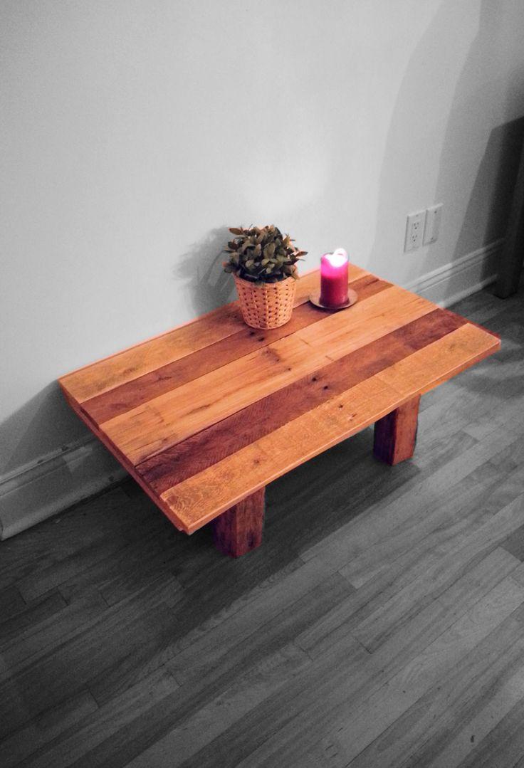 Une petite dose de sobriété pour cette table entièrement fabriquée de bois, signée Voisins et Scies - Création : Voisins et Scies voisinsetscies@gmail.com