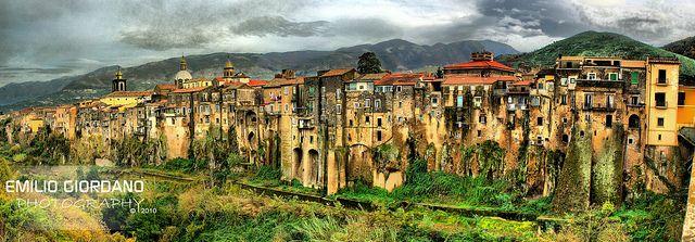 Sant'Agata de' Goti, via Flickr.