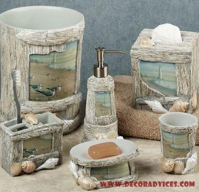 Lighthouse bathroom decor