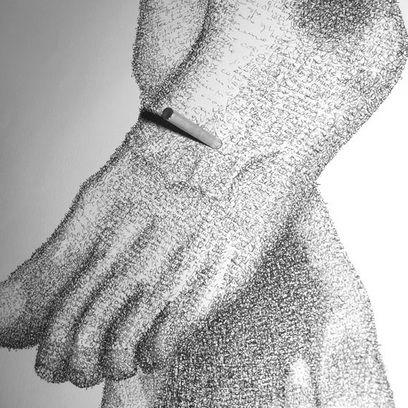 Giancarlo Marcali, E tutto diventa freddo (dettaglio piede), 2011, Polittico di quattro elementi, grafia su cartoncino, cm 70x50 ognuno