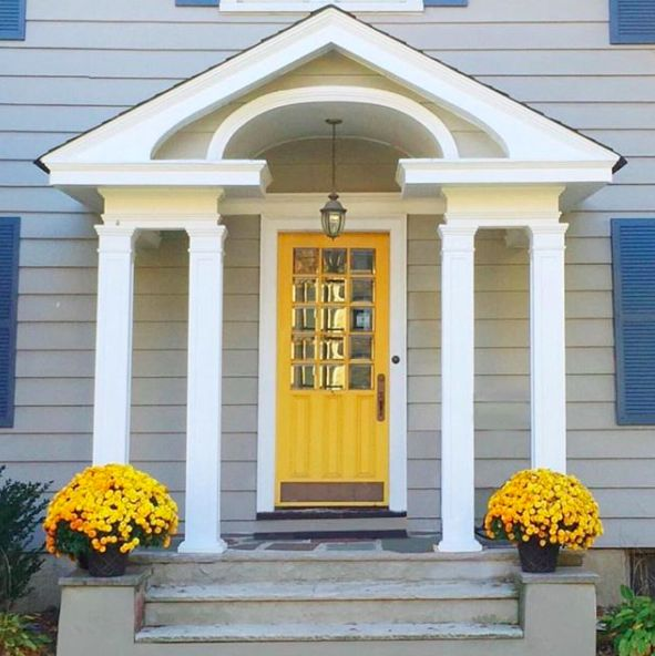 #COLOR TIP: while so many people focus on their interior #colors, remember that the outside is just as important! Add a splash of color to your front entrance to help your home stand out!