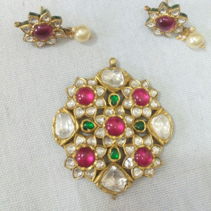Ruby emerald and Polki pendant set