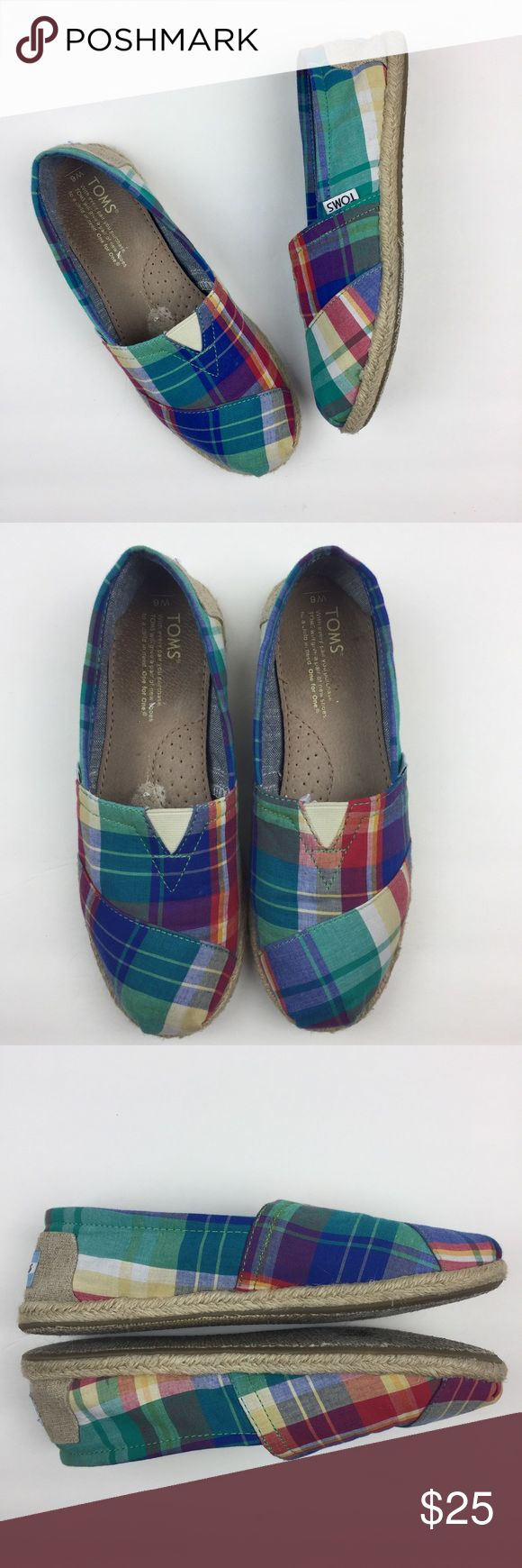 TOMS Madras Plaid Classic Flat Shoes TOMS classics in a madras plaid. Perfect for Summer! Woven jute outsole. Pre-owned condition. Soles show normal signs of wear and there is a mark/spot on the one insole (see last pic). Uppers are in good condition. ❗️PRICE IS FIRM❗️❌NO TRADES❌NO PAYPAL❌ TOMS Shoes Flats & Loafers
