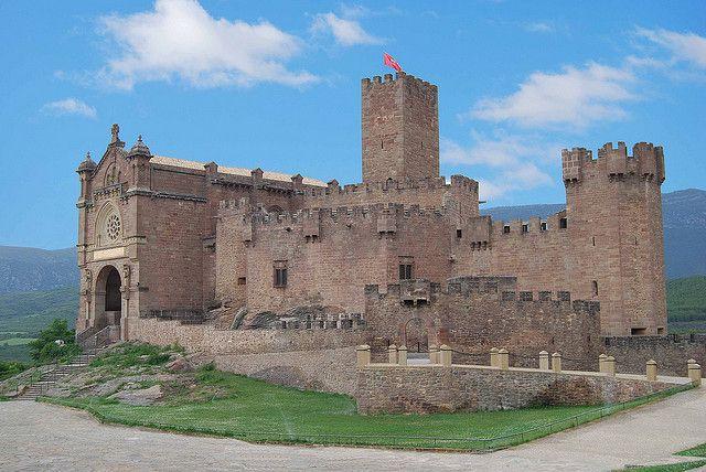 Castillo de Javier (Navarra-España) by Oliventino, via Flickr
