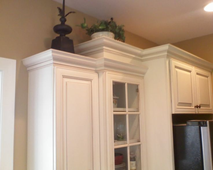 Crown molding ideas kitchen and bath ideas pinterest for Kitchen molding ideas