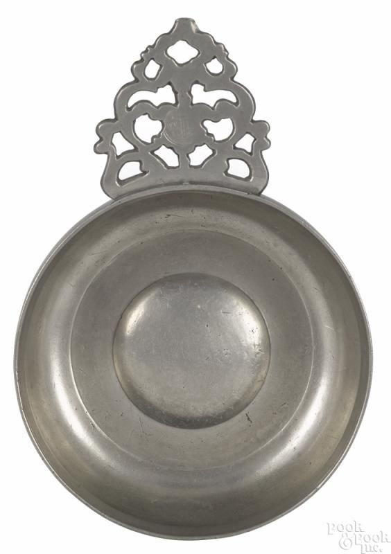 Providence, Rhode Island pewter porringer, ca. 1800, bearing the touch of William Billings - Price Estimate: $800 - $1200