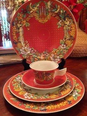 rosenthal le reve de noel by versace china glassware. Black Bedroom Furniture Sets. Home Design Ideas