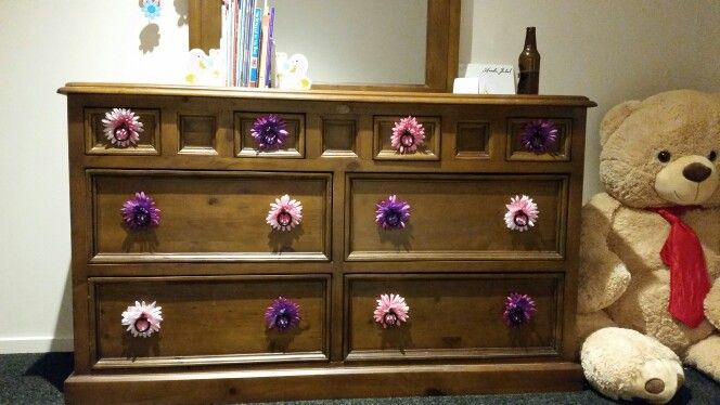 Added flowers to pretty up some draws