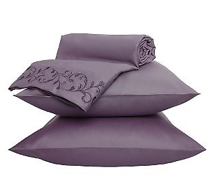 Sheets in dusty purple!