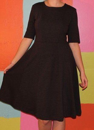 À vendre sur #vintedfrance ! http://www.vinted.fr/mode-femmes/robes-midi/26779788-robe-patineuse-grise-t42-44-monoprix-demi-saison-chicromantiquestyle-vintage