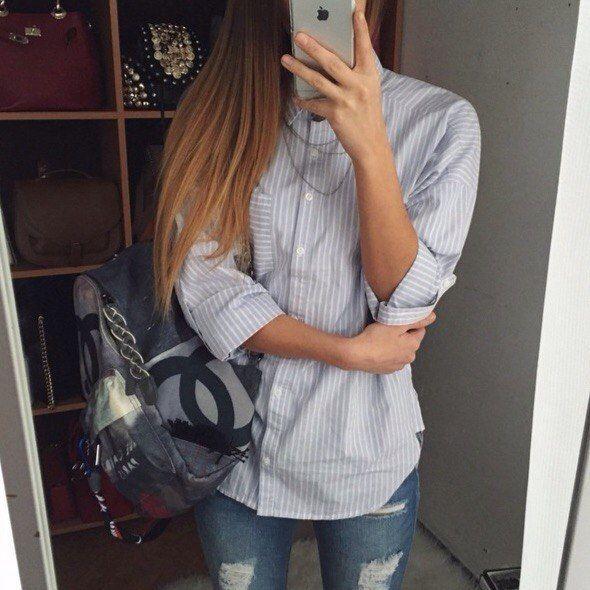 Как найти свой стиль в одежде?  Как найти свой стиль? Чтобы всегда быть красивой, вовсе не обязательно тратить все деньги на модную одежду и аксессуары. Достаточно просто знать, в какой одежде ты выглядишь лучше всего - какой у тебя стиль.  №1. При выборе стиля одежды для себя важно понимать, в какой одежде ты чувствуешь себя уверенно, а в какой - нет. Если ты обожаешь джинсы и майки, твой стиль - спортивный, и можешь даже не пытаться заставить себя носить мини-юбки.  №2. Если ты никак не…