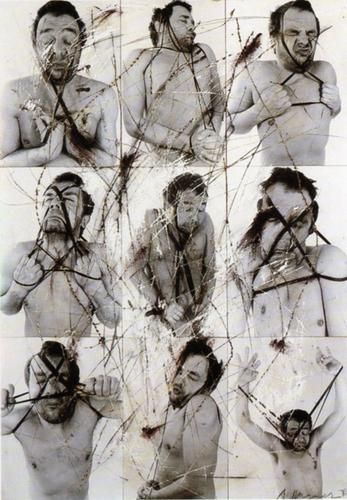 Untitled © Arnulf Rainer. craie sur photo, 60 x 50 cm - Olivier Lussac