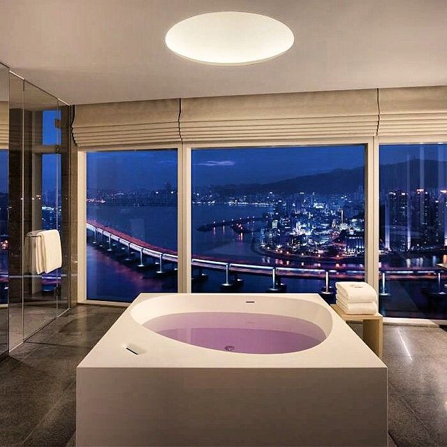 Soak up the beautiful view in the Diplomat Suite this Sunday evening at Park Hyatt Busan. Photo courtesy of Brian Moon.