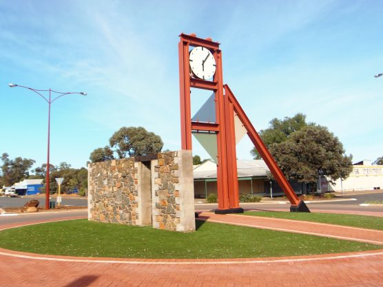 Norseman Town Clock • Norseman town Western Australia • Aussie big things Australia tour