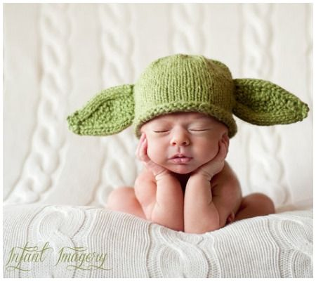 25 Absolutely Adorable DIY Halloween Costumes For Newborns! | Disney Baby: Hats Patterns, Yoda Baby Hats Knits Patterns, Yoda Hats, Bats Hats, Knitting Patterns, Halloween Costumes, Baby Yoda, Stars War, Newborns