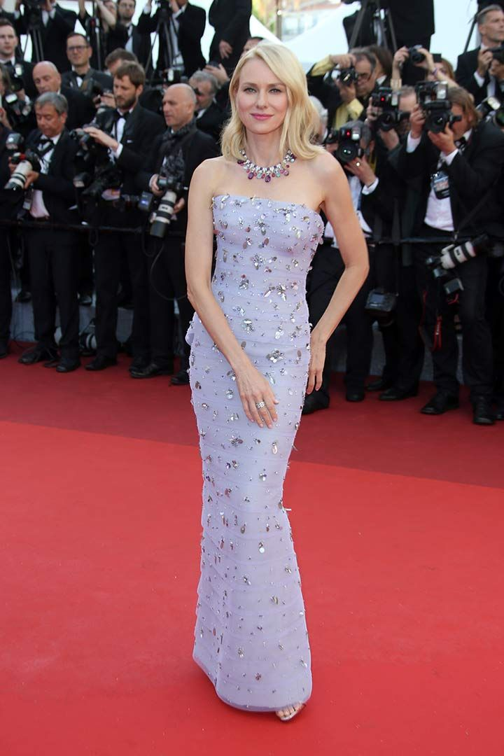 Festival de Cannes 2016: alfombra roja  http://stylelovely.com/galeria/festival-cannes-2016-alfombra-roja/